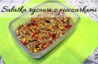 Sałatka ryżowa z pieczarkami i sosem paprykowym. Przepyszne połączenie smaków