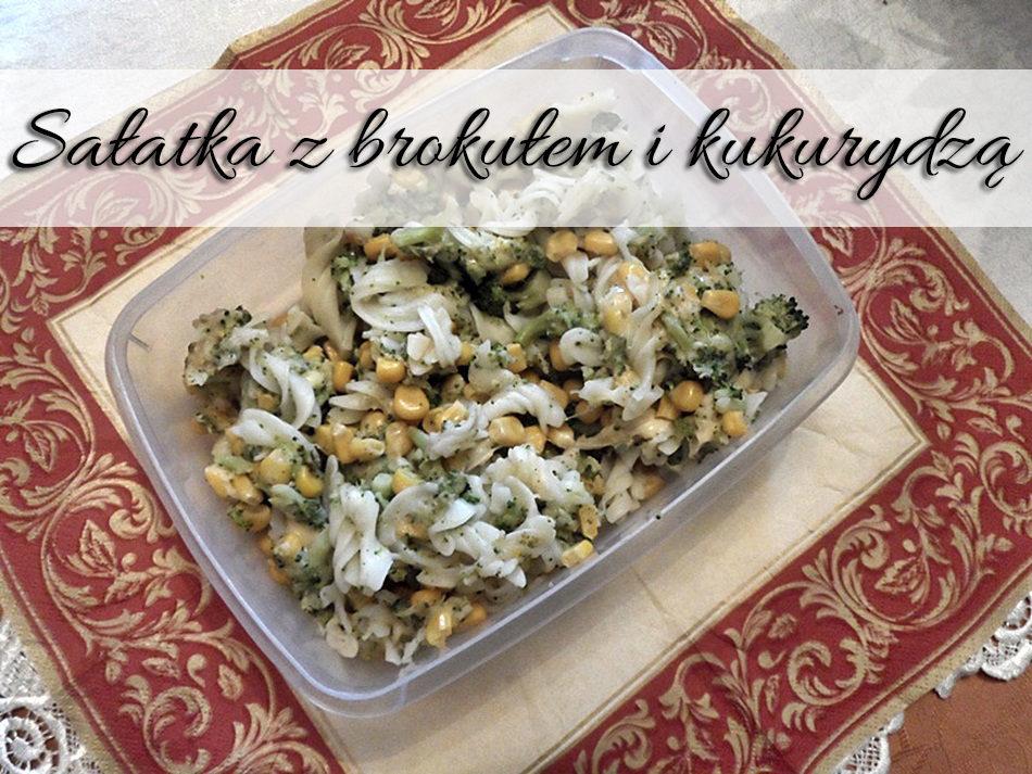 salatka_z_brokulem_i_kukurydza