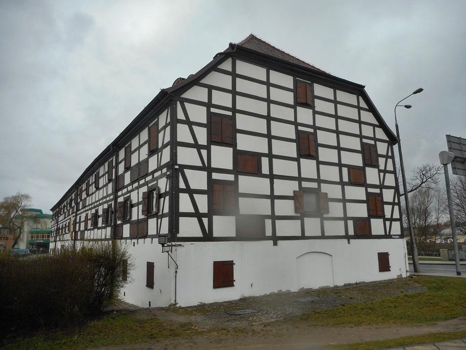 Muzeum im. Jana Dekerta - Spichlerz w Gorzowie Wielkopolskim