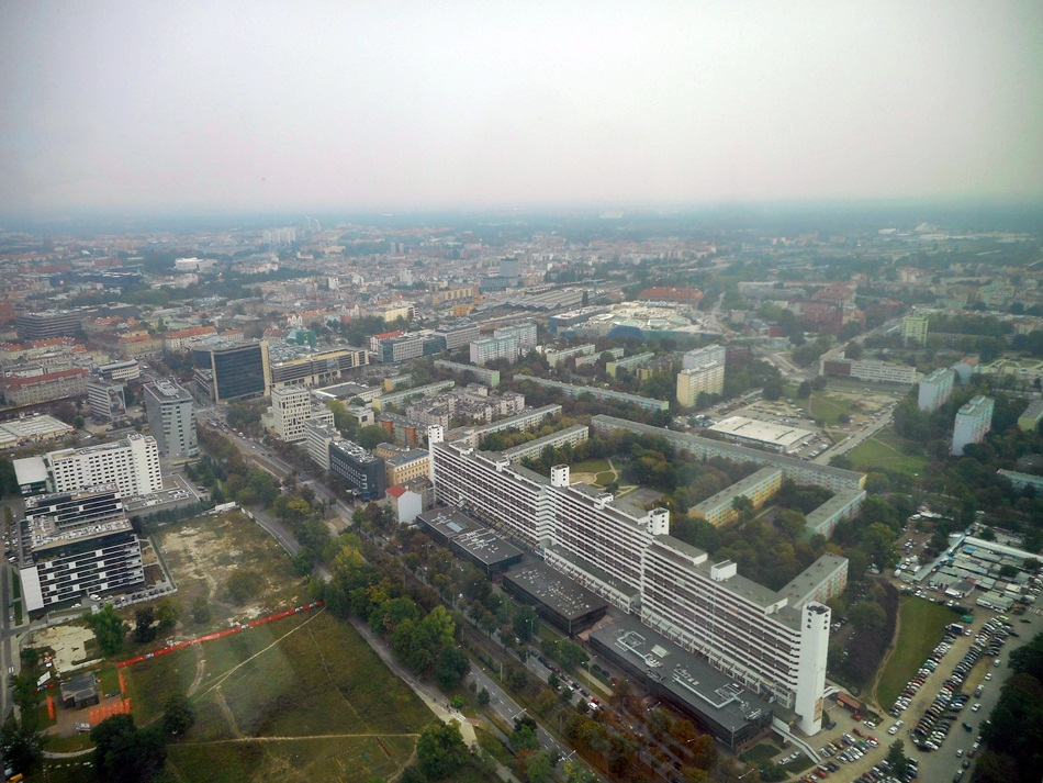 Sky Tower we Wrocławiu