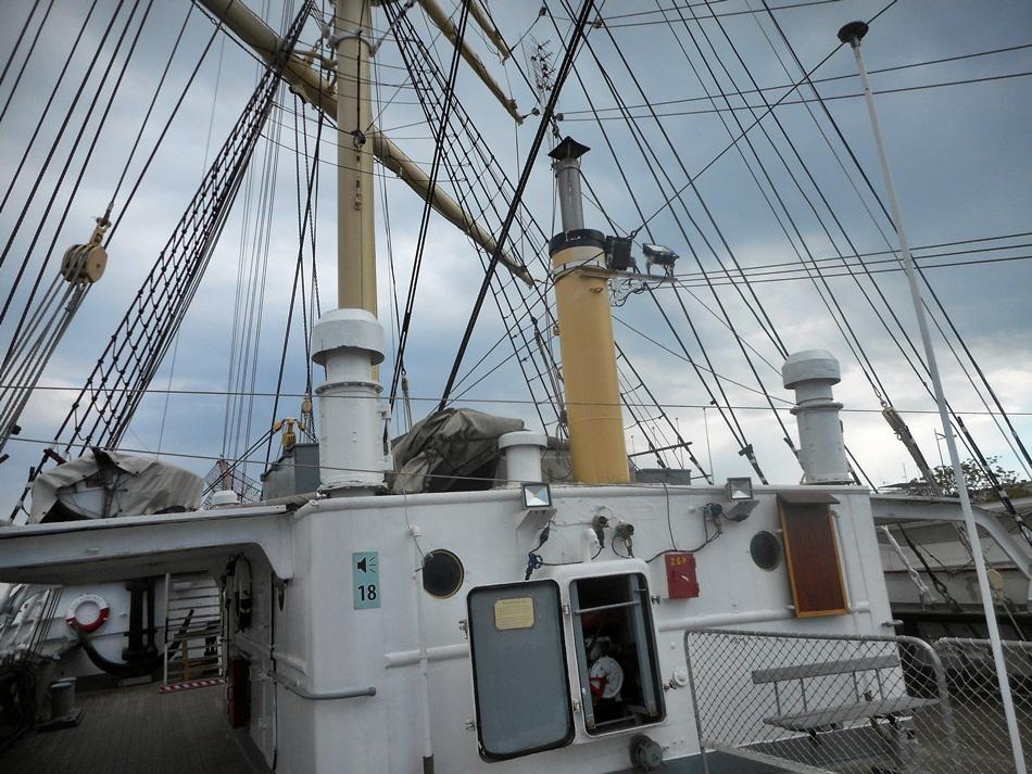 Statek Dar Pomorza w Gdyni