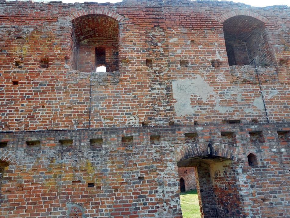 zamek-dybowski-w-toruniu5
