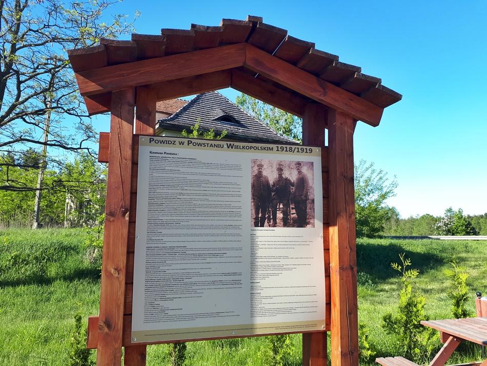 O Powstaniu Wielkopolskim w Powidzu na tablicach w Anastazewie