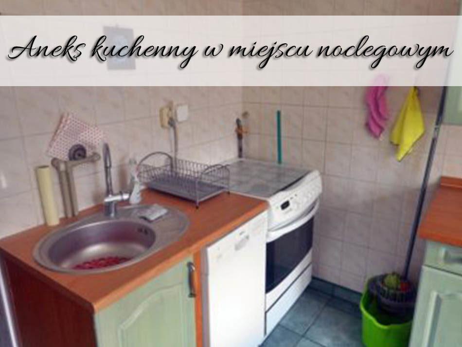 aneks-kuchenny-w-miejscu-noclegowym