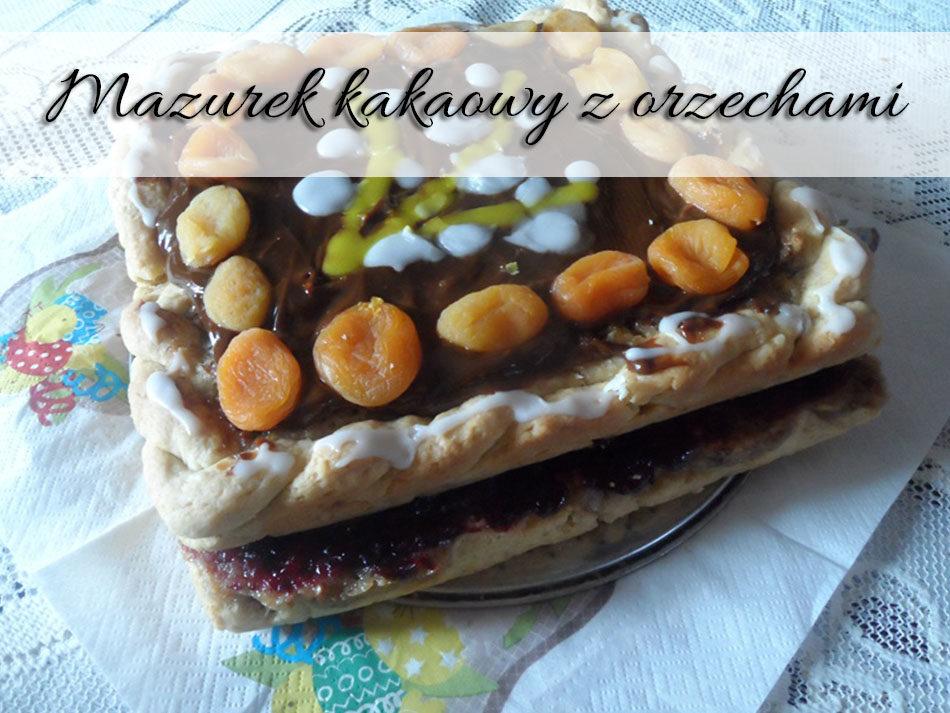 mazurek-kakaowy-z-orzechami