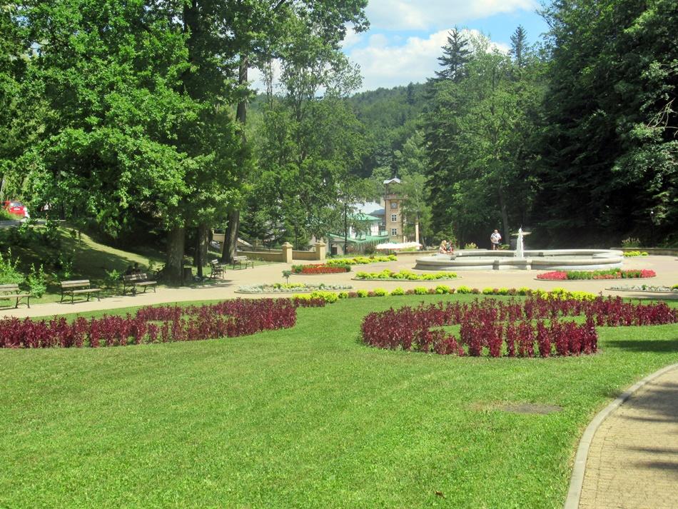 Park Zdrojowy i Pijalnia Wód Mineralnych w Iwoniczu-Zdroju