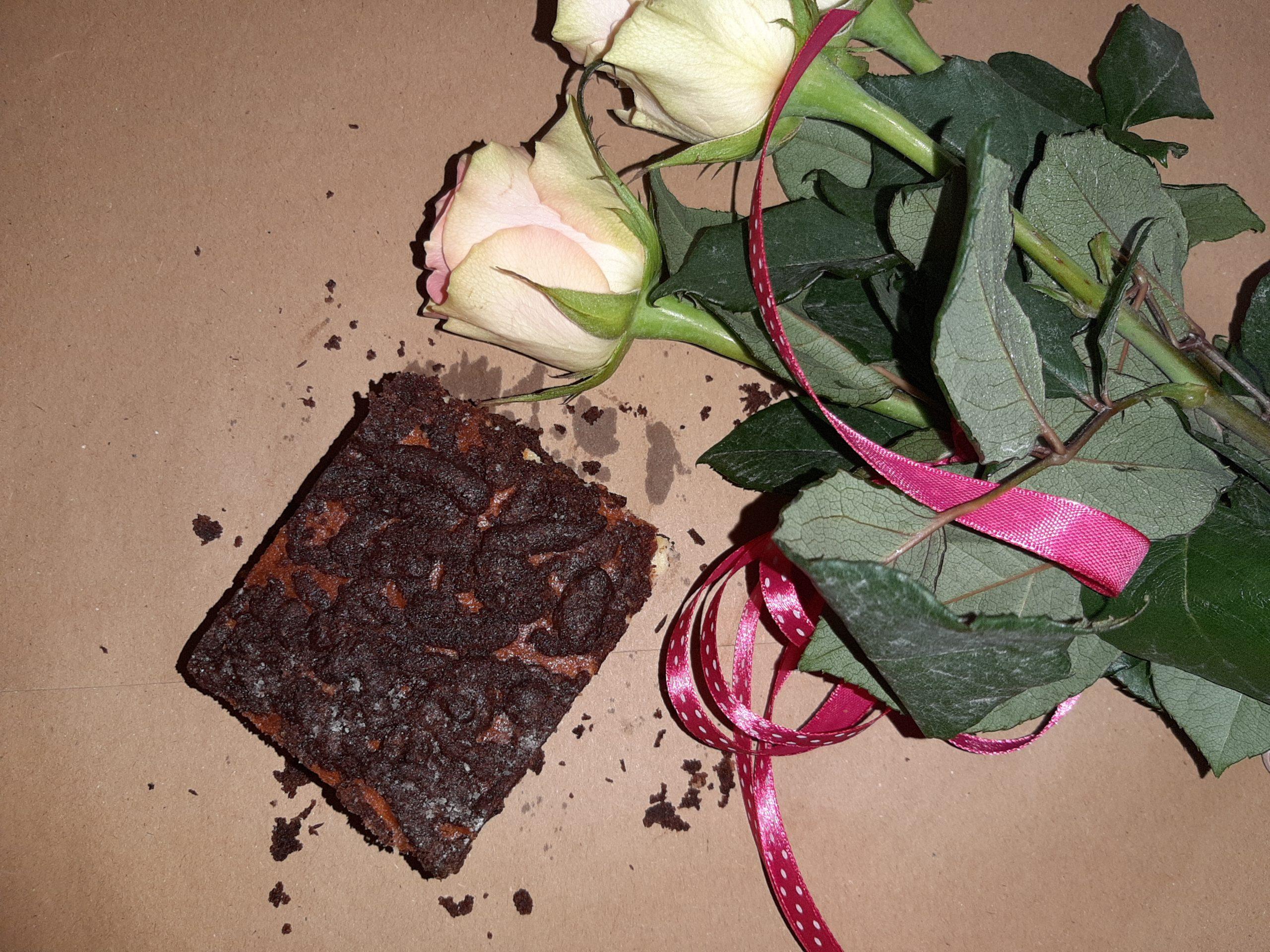 Sernik na kruchym kakaowym cieście
