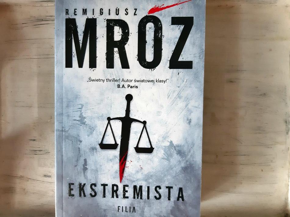 ",,Ekstremista"" Remigiusz Mróz"